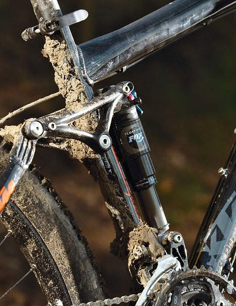The Prowler uses a genuine Horst Link and a fl oating shock suspension design