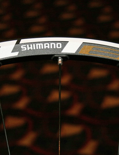 Shimano's WH-MT65 is a UST-compatible, disc-only mountain bike wheelset available in two versions