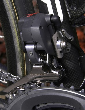 The bulky front derailleur also houses the Di2 'brain'.