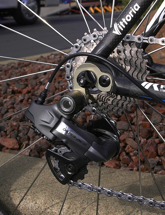 Save for the extra-large upper knuckle and protruding wire the Di2 rear derailleur looks similar to the standard version but houses vastly different internals.