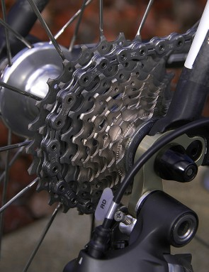 The standard Dura-Ace 7900 cassette offered a wide 11-25T spread.