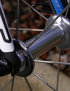 The new front hub uses wider flanges and features easier bearing adjustment.
