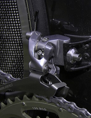The front derailleur is bolted to a stout aluminium mount.
