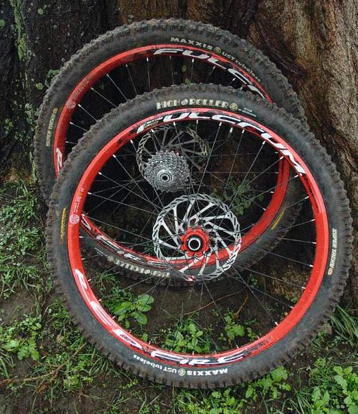 Stiff, strong, and thoroughly capable. These wheels are up there with the best of them