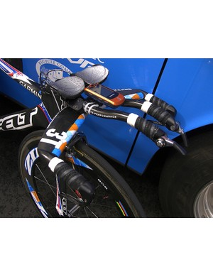 Zabriskie uses a 3T Brezza LTD integrated aero bar to achieve his trademark flat-back time trial position.