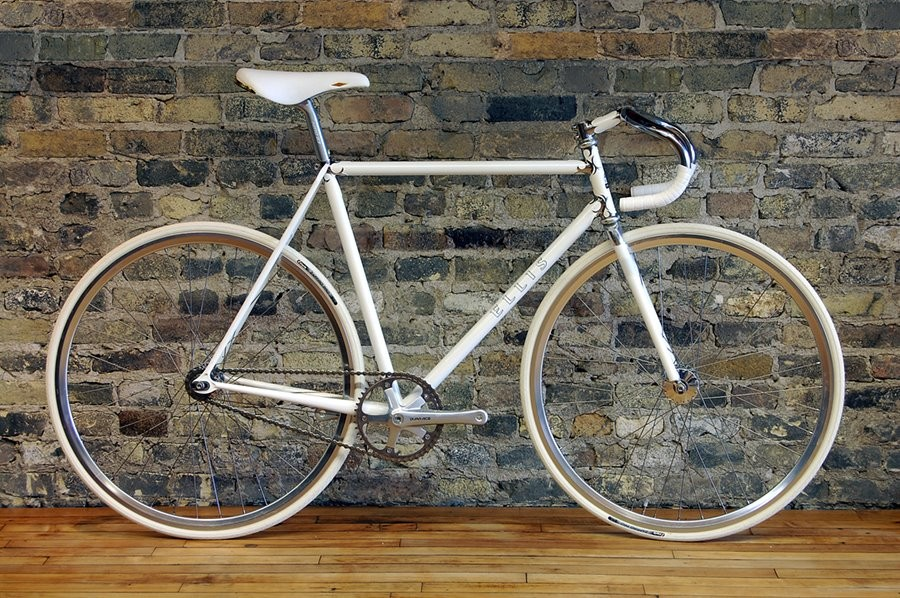 The award-winning Ellis fixie, built in Waterford, Wisconsin.