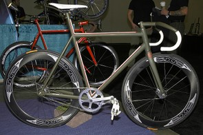 Vanilla Bicycles introduces its third Speedvagen model to supplement the existing road and 'cross frames.