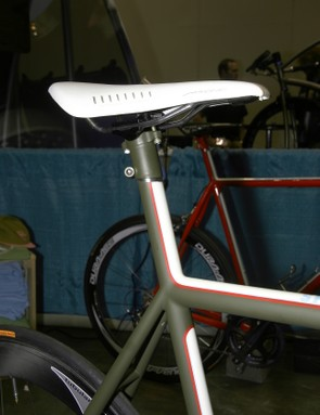 Sacha White does his own version of an integrated seatmast.