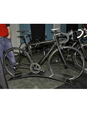 The Parlee Z4 is what is used by the Fly V Australia team for road events.