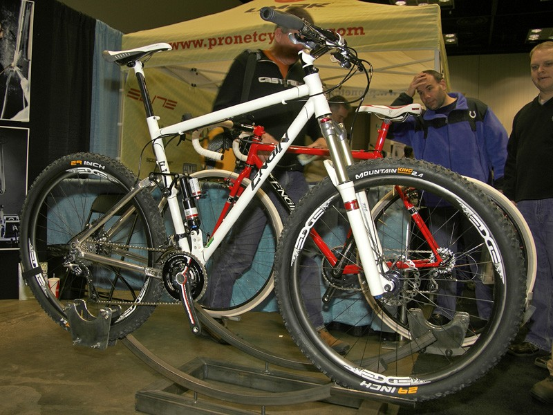 Engin built this full-suspension machine with a Reynolds 953 main triangle and a rear end borrowed from Ventana.