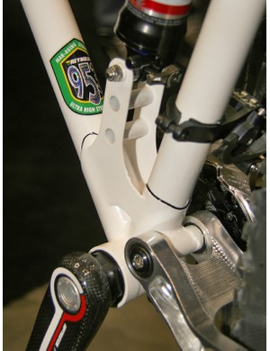 The bottom bracket uses the BB30 standard. Check out the trick lower shock mount!