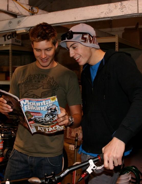 Santa Cruz Syndicate teammates Greg Minnaar (L) and Josh Bryceland reading the world's best dirt mag in Santa Cruz January 23, 2009.