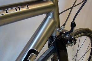 Close-up details of the Xicon headtube junction.