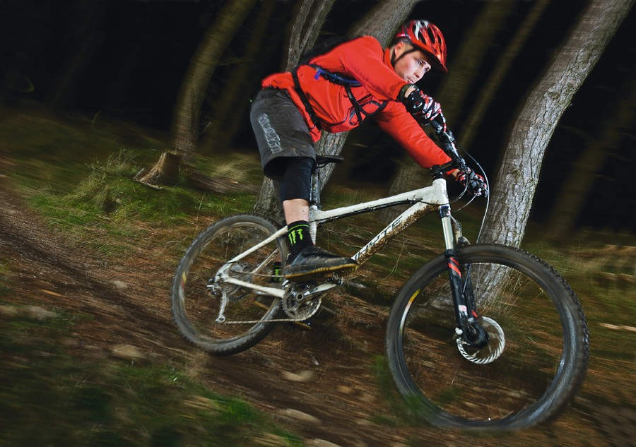 In the 905 Whyte has a race- and riot-ready rig