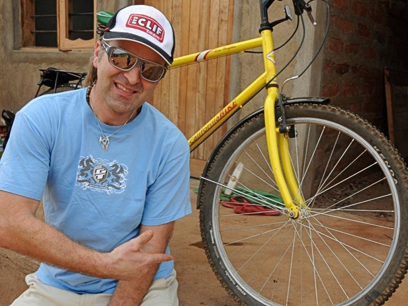 Hans wants to find out which bikes are most suitable for African villagers