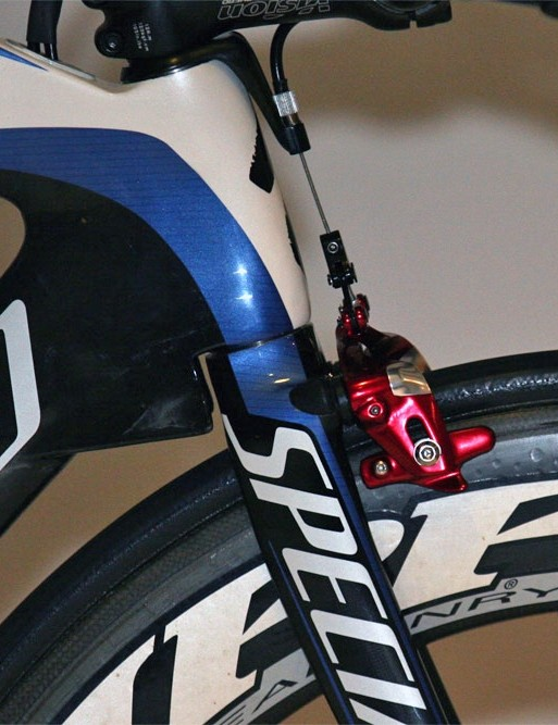 Specialized claim the small 'speed gussets' beneath the down tube help direct airflow coming through the fork crown and - in the eyes of the UCI - also help stiffen the front end.