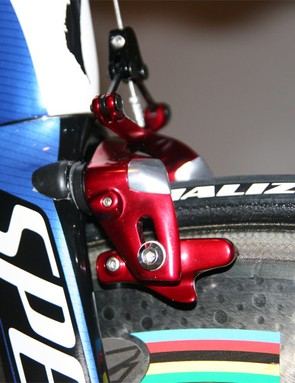The Transition-specific brakes use aero shapes and pivot on frame-mounted stubs that also improve braking power.