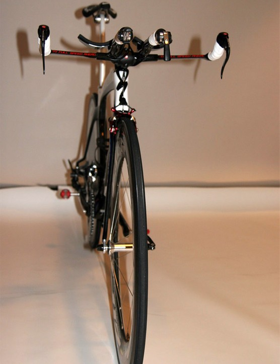 Specialized designed the Transition to be as narrow as possible.