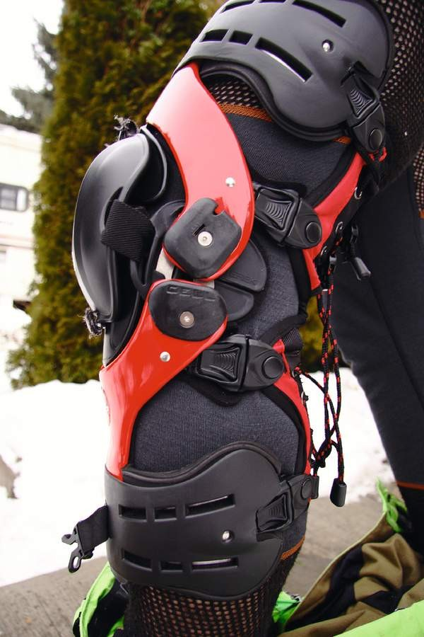 Ideal for anyone with knee issues - super adjustable and comfy