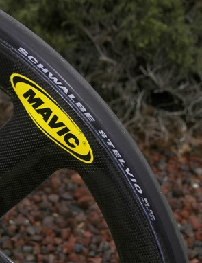 Wrapped around both the Io front wheel and Comete rear disc are Schwalbe Stelvio tubulars.