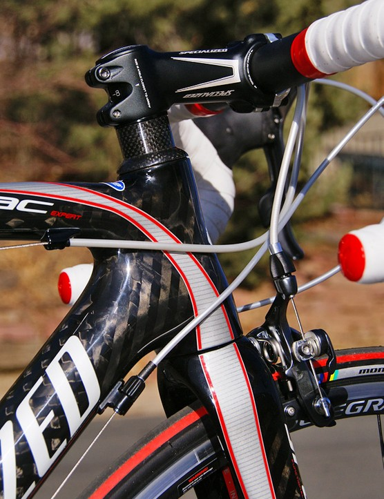 Registered graphics offer a nicely integrated look to the frame and fork.