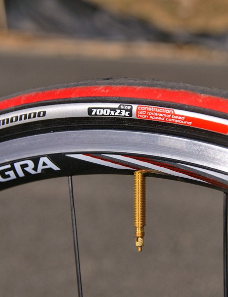 Cornering on the Specialized Mondo Pro tires takes some getting used on account of their non-round profile.