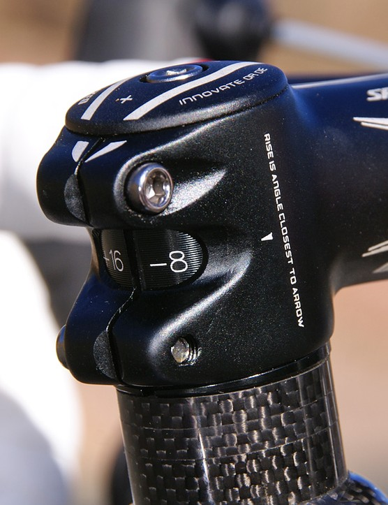 Even the graphics on the stem and top cap are coordinated.