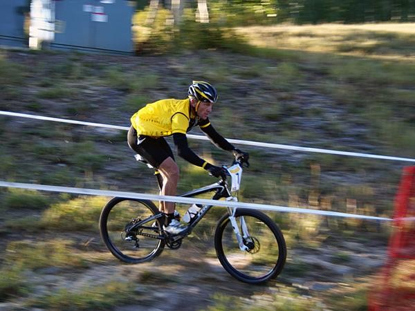 Lance Armstrong in action off-road