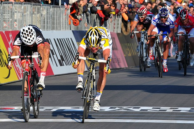 Mark Cavendish beats Heinrich Haussler and Thor Hushovd to win the 100th Milan-San Remo