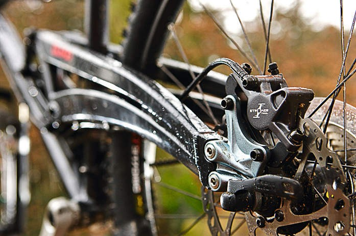 the Marin's swingarms shows significant improvement in twist resistance as soon as you stick a Maxle through them.