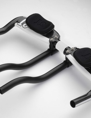 The 3T Mistral Pro aero bars.
