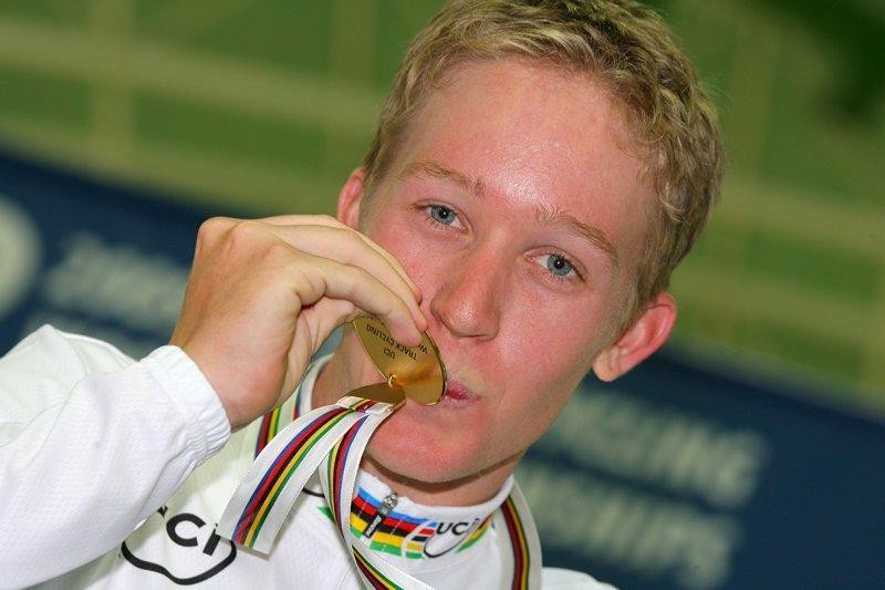 Cameron Meyer (Australia) just can't stop smiling after he wins gold in the points race at the 2009 UCI Track Cycling World Championships in Pruszkow, Poland