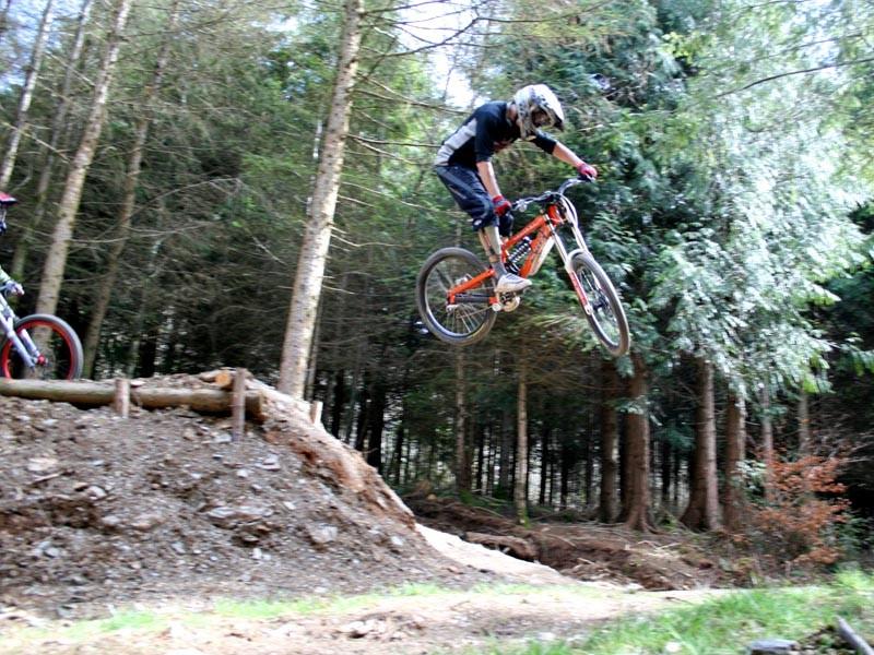 Ash Mullane hitting the Super Tavy downhill run