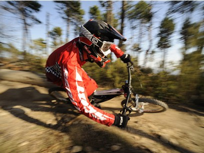 Scott Bicycles have launched a new World Cup downhill and four-cross team, Scott11