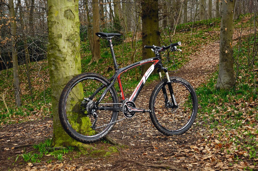 Blends race winning weight with a tough trail attitude