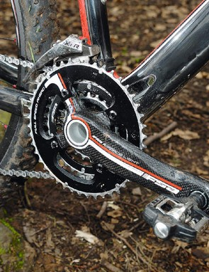 The BB30 cranks and bottom bracket system save weight and up stiffness