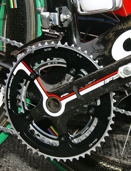 All of the Cervélo TestTeam bikes were fitted with FSA cranksets at the Ronde van Vlaanderen, supposedly pending production of stiffer Rotor models.