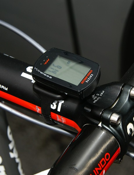 You'll find no fancy GPS computer on Hushovd's bike; just a tiny Cateye Strada Wireless mounted up here.