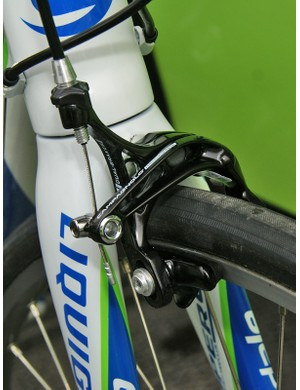 Liquigas team bikes were fitted with standard Campagnolo Record D-Skeleton brakes up front…