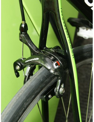 …but a Cannondale C1 rear caliper - perhaps for a little extra stopping power from the dual-pivot configuration?