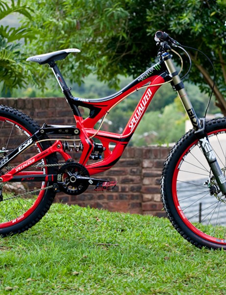Sam Hill was spotted riding this Specialized Demo 8 in South Africa this week