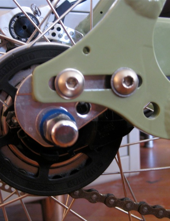 Swobo's custom slider dropouts and hanger for easy wheel removal and chain tensioning.