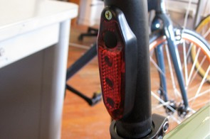 The clever integrated rear blinky taillight.