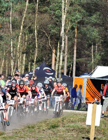 Elite women's race at British Mountain Bike Series round one, Sherwood Pines