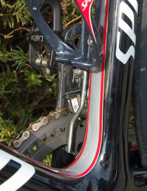 A custom chain guard combines with the close-ratio chainrings to virtually ensure that Boonen's chain will stay put on the cobbles.