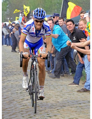 Boonen en route to victory