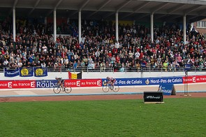 Hushovd powers in for third place  in the 2009 Paris-Roubaix.