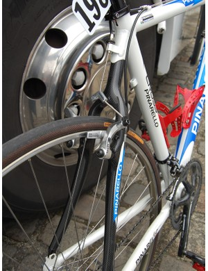 The aluminium frames were punctuated by carbon fibre seatstay assemblies to help damp vibration