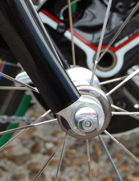 TestTeam forks used at Paris-Roubaix had alloy tips installed instead of the carbon ones the team usually use on the 3T Funda Pro