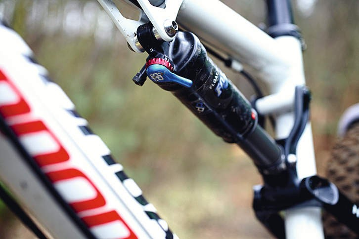 The shock is perfectly placed for Pro Pedal lever control on the fly